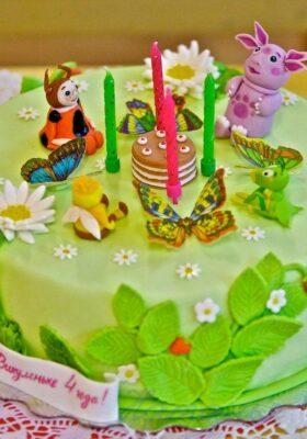 С мастикой торт для детей