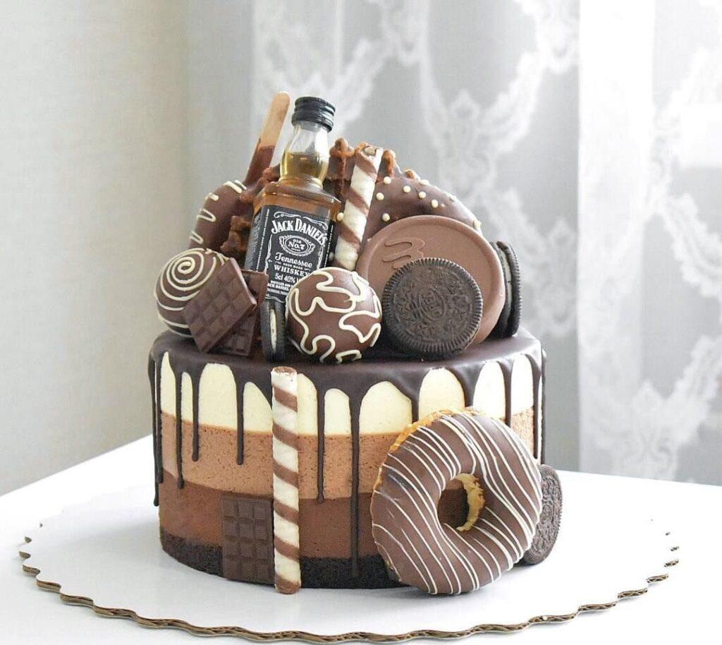 Торт на заказ парню, заказать из натуральных ингредиентов