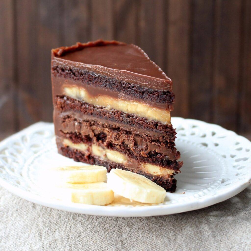 Шоколадно Банановый торт на заказ купить из натуральных ингредиентов