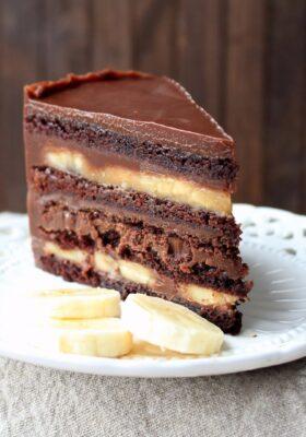 Шоколадно Банановый торт на заказ