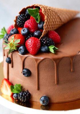 Шоколадные торты на заказ
